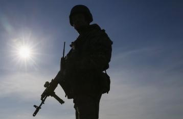 Из-за подрыва на растяжке один военный погиб, двое – ранены