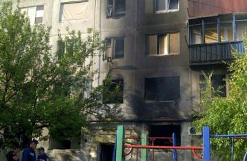 Из-за обстрела дома в Красногоровке ранена женщина