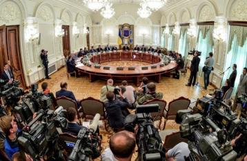 Обострение в зоне АТО: СНБО может рассмотреть вопрос введения военного положения