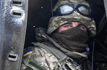 За сутки на Донбассе трое военных погибли, еще трое – ранены