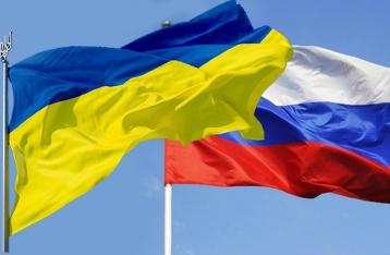 Путин: РФ не собирается сворачивать отношения с Украиной