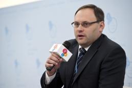 Суд заочно арестовал Каськива