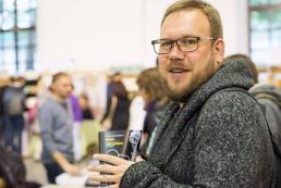 Александр Белоус: Жизнь в Facebook касается очень небольшого количества жителей Украины