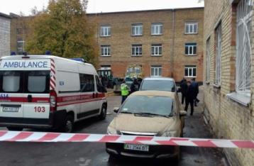 В результате обрушения школы в Василькове пострадал ребенок