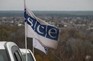 Хуг: Процесс разведения сил на Донбассе приостановлен