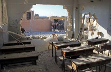 При авиаударе по школам в сирийском Идлибе погибли более 20 детей