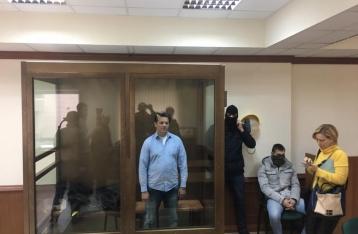 Российский суд оставил Сущенко под стражей