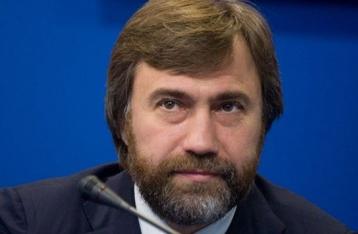 Новинский не собирается покидать Украину, но слетает на Афон