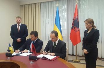 Украина и Албания отменяют визы