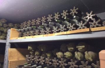 Под Киевом в бункере нашли ракеты к «Градам», ПЗРК, мины и БТР