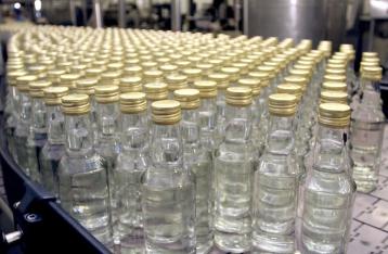 В Украине повысили минимальную розничную цену на водку