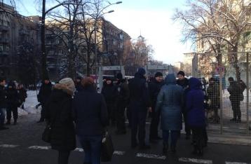 В центр Киева нагнали силовиков, Институтская перекрыта