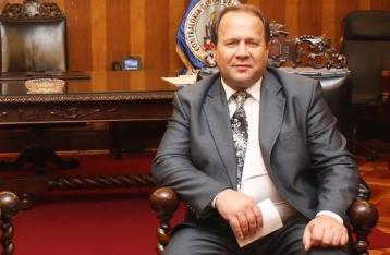 Главе Счетной палаты вручили сообщение о подозрении