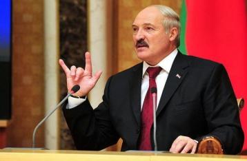 Лукашенко: Беларусь грудью закрывает границу с Украиной