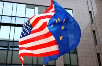Лидеры США и ЕС договорились сохранить санкции против РФ