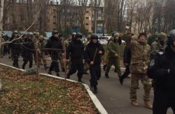20 неизвестных устроили погром в здании одесской таможни