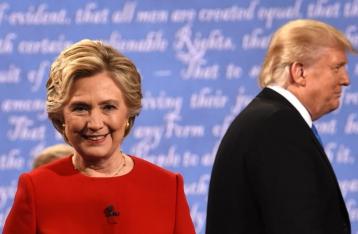 Клинтон опередила Трампа на два миллиона голосов