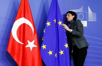 ЕП призвал заморозить переговоры о вступлении Турции в ЕС