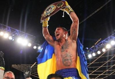 Ломаченко досрочно победил Уолтерса и защитил титул чемпиона мира