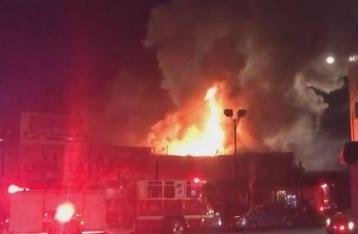 В Калифорнии в результате пожара в ночном клубе погибли 9 человек