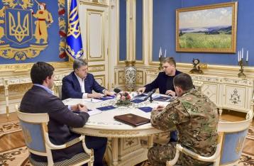 Порошенко провел совещание с силовиками в связи с трагедией в Княжичах