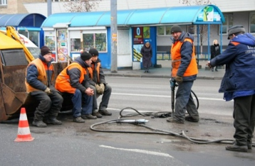 Кабмин отказался ликвидировать «Автодороги Украины»