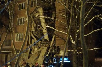Обрушение дома в Чернигове: из-под завалов достали тело девушки