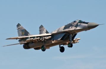 Кабмин разрешил военным сбивать самолеты, нарушившие границу