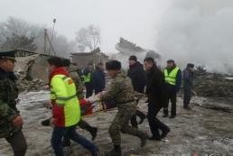 В Кыргызстане грузовой самолет упал на поселок: 35 погибших