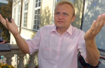 Садовый заявил о критической ситуации с вывозом мусора во Львове