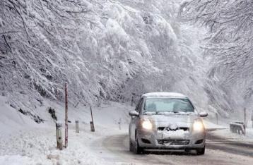 Из-за непогоды в 5 областях Украины ограничили движение автотранспорта