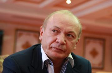 Луценко: ВСУ закрыл все дела против Иванющенко