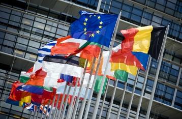 Европарламент призвал ввести новые санкции против России