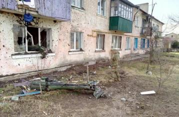 В результате взрывов в Балаклее погибла женщина, еще одна – ранена