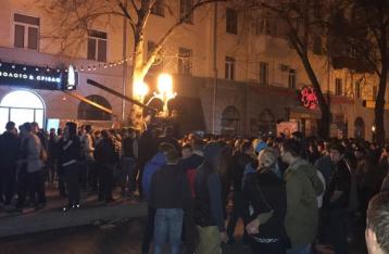 В результате массовых столкновений в Полтаве пострадали три человека