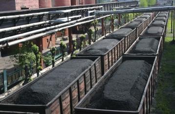 Порошенко предлагает конфисковывать донецкий уголь, ввозимый из РФ
