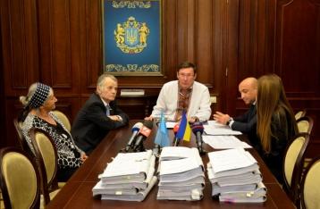 ГПУ объявила подозрение Сталину и Берии по делу о депортации крымских татар