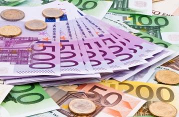 Сколько денег нужно показать на границе, чтобы пустили в Европу