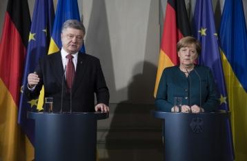 Порошенко и Меркель обсудят, как вернуть «Минск» в конструктивное русло