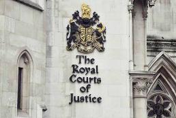 Суд Лондона отложил решение по «долгу Януковича»