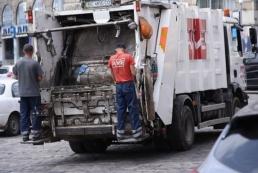 Сегодня Львов начнут очищать от мусора