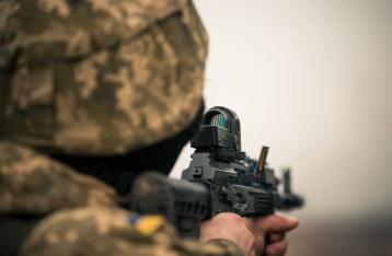 АТО: За сутки 35 обстрелов, один военный погиб, девять – ранены