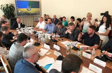 Регламентный комитет отказал ГПУ в снятии неприкосновенности с Лозового