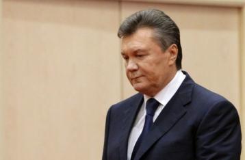 Янукович отказался от участия в суде над ним и отзывает адвокатов