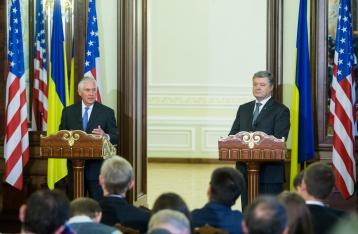Порошенко: Ключи от мира на Донбассе находятся в Москве