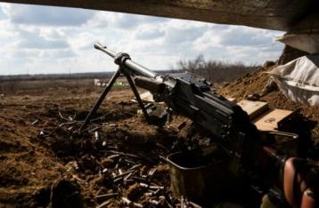 За сутки в зоне АТО 26 обстрелов, 1 военный погиб, еще 1 – ранен
