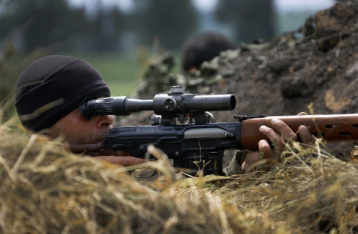 В Марьинке снайпер убил украинского военного