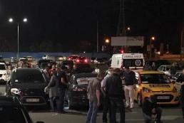 На парковке столичного ТРЦ застрелили мужчину