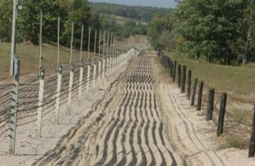 Муженко: РФ стянула к границам Украины три ударных дивизии