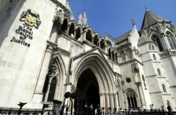 Суд Лондона приостановил выполнение решения о выплате РФ «долга Януковича»